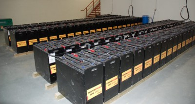 automatically-watered-lead-acid-batteries-array