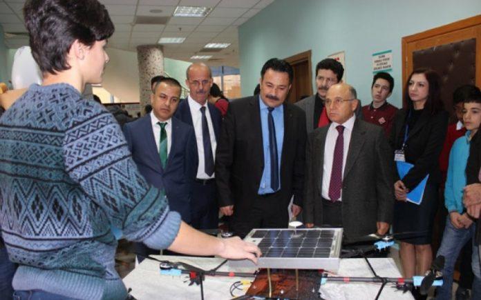 Liseli Gençler Güneş Enerjili Drone