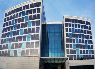 Binanın Pencereleri Güneş Enerjisi ile Elektrik