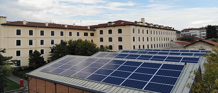 Saint-Joseph-Lisesi-güneş-enerjisi
